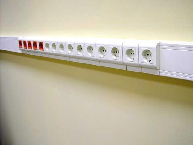 Блок электрических розеток: подключение и установка своими руками