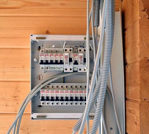 Установка электрического щита: инструкция, разводка, готовые варианты