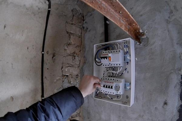 Электропроводка в гараже своими руками - типовая схема