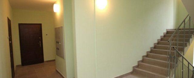Освещение в коридоре: в домах, подъездах и на лестничных клетках