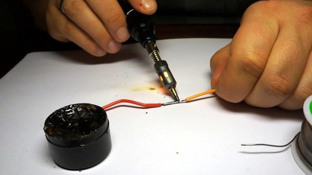 Пайка проводов без использования паяльников: чем можно заменить паяльник