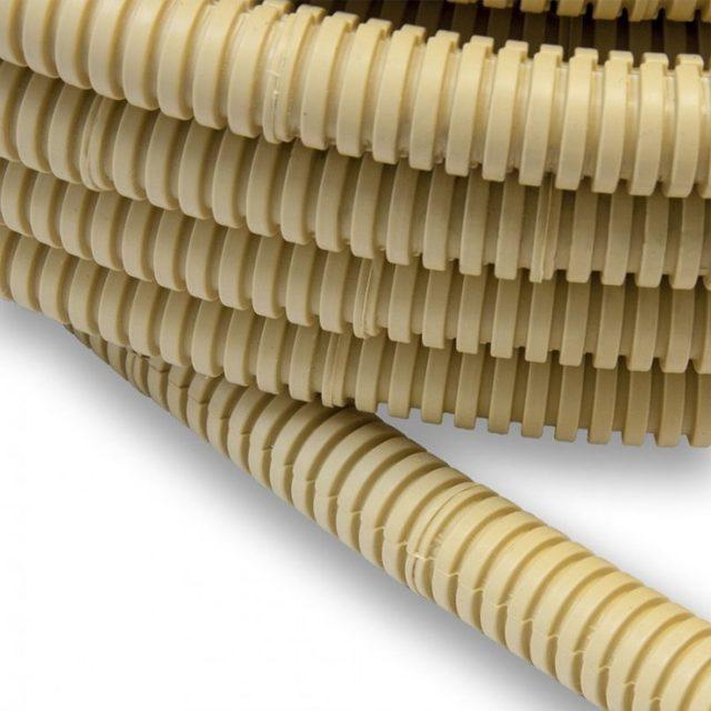 Прокладка наружного кабеля в гофротрубе: назначение и разновидности