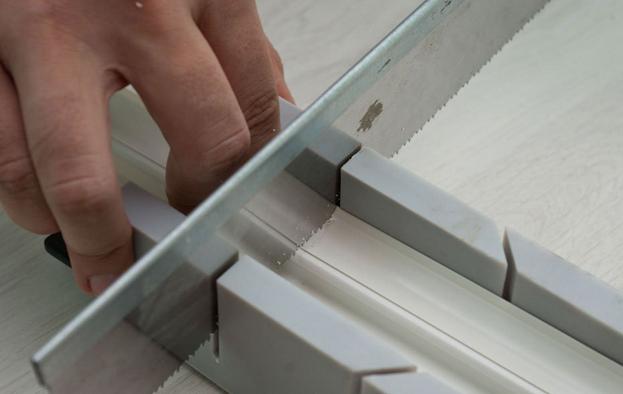 Способы крепления каналов для кабеля: установка кабель-канала в бетонной стене
