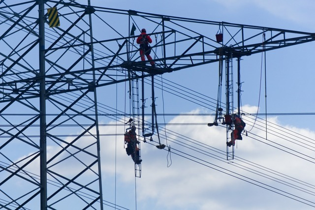 Отключение электроэнергии плановое: как подготовиться, особенности и графики