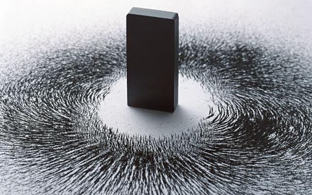 Электромагниты переменного электрического тока и другие мощные магниты