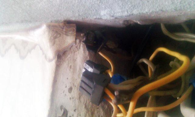 Соединение электрических проводов клеммниками Ваго без скрутки