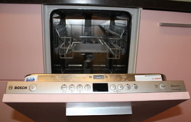 Как выбрать встраиваемую посудомоечную машину: лучшие бренды и нюансы выбора