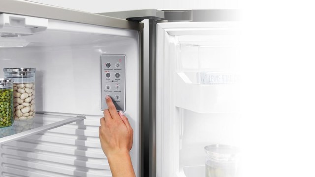 Стабилизатор напряжения для холодильника: виды, подбор, нужен ли?