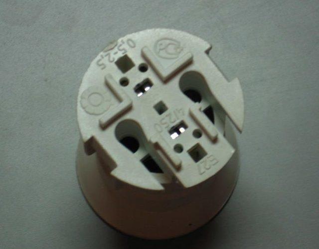 Патрон для лампочки: разновидности электроустановочного устройства