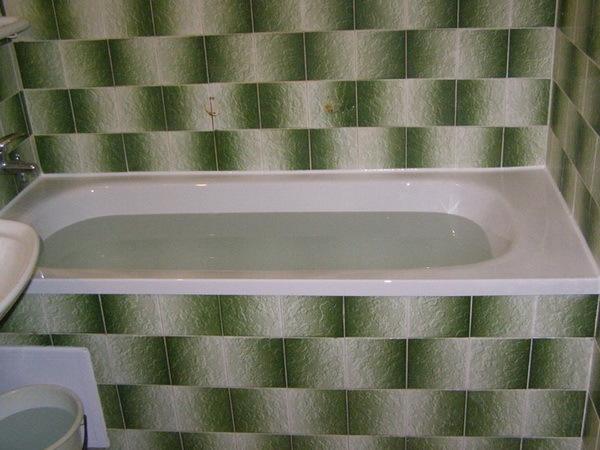 Вкладыш или наливная ванна: что лучше выбрать и почему? Сравнительный обзор