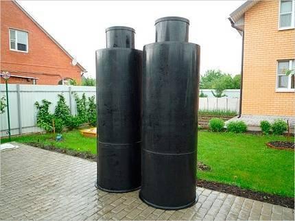 Вставка в бетонный септик: гидроизоляция пластиковой вставкой