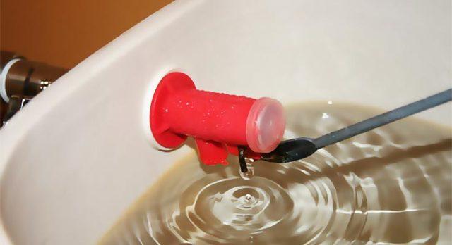 Что делать если сливной бачок не держит воду? Пошаговая инструкция по устранению неисправности