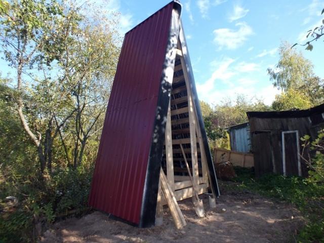 Чертежи дачного туалета типа шалаш: схемы строительства