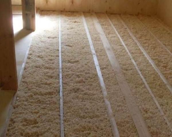 Утеплитель для пола в деревянном доме: виды современной теплоизоляции и советы по выбору лучшего варианта
