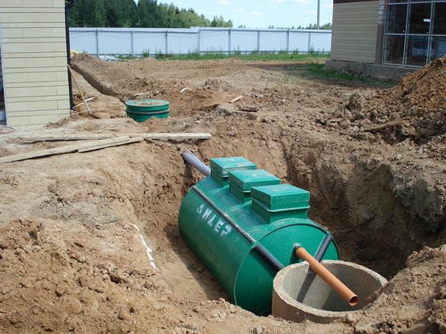 Устройство канализации в загородном доме своими руками