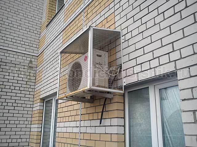 Установка внешнего блока кондиционера на чердаке: можно ли так делать и обзор технических нюансов
