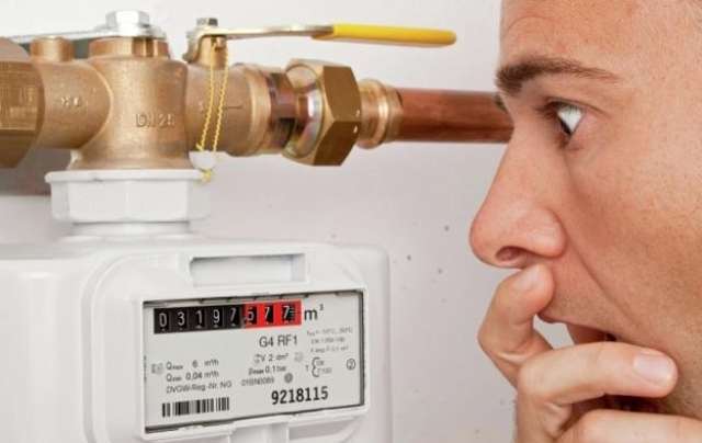Почему газовый счетчик много мотает: обзор возможных причин