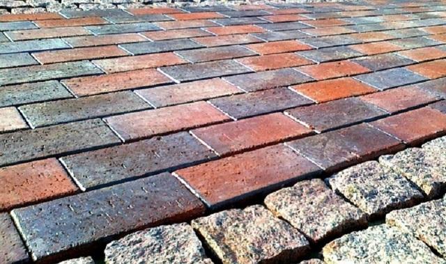 Изготовление тротуарной плитки: как сделать своими руками, пошаговая инструкция, технологии, оборудование, инвентарь, материалы, формы