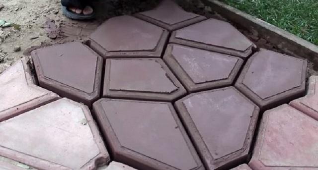 Как сделать формы для тротуарной плитки: материалы, пошаговая инструкция с фото своими руками, советы по выбору