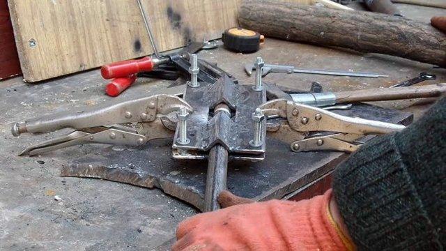 Качели садовые своими руками из металла: популярные варианты самоделок и чертежи и инструкции по сборке