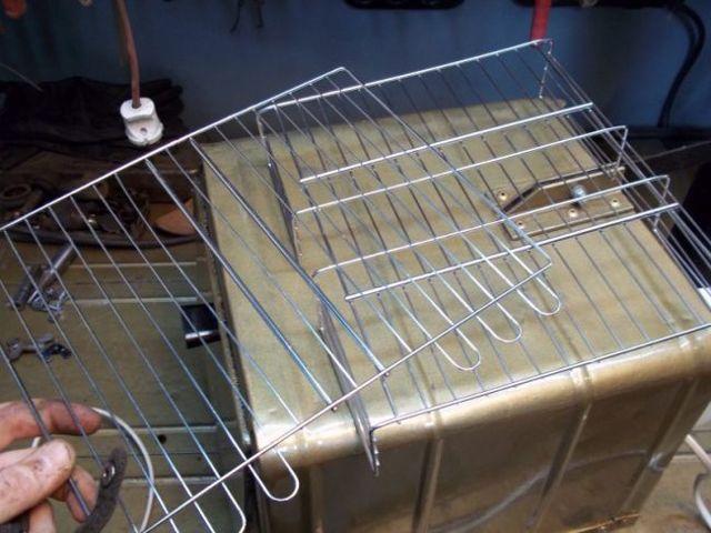 Дымогенератор своими руками для коптильни: пошаговая инструкция по сборке