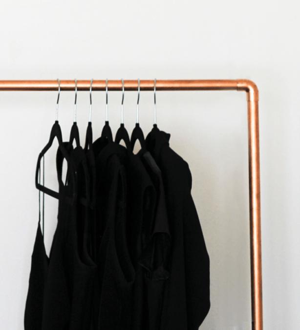 Деревянная напольная вешалка для одежды своими руками: фото идеи и инструкция по изготовлению