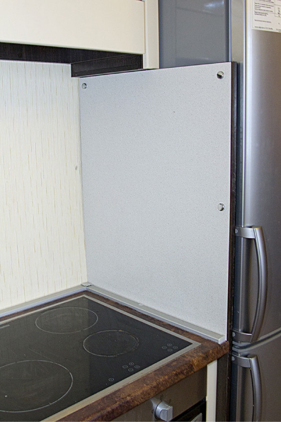 Можно ли холодильник и газовую плиту поставить рядом? Требования к минимальным расстояниям между техникой