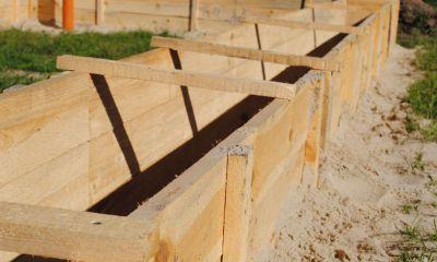 Как сделать опалубку для фундамента своими руками: пошаговая инструкция по монтажу и советы специалистов