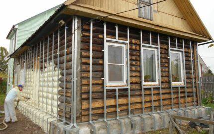 Можно ли пеноплексом утеплять деревянный дом снаружи и как соблюсти технологию?